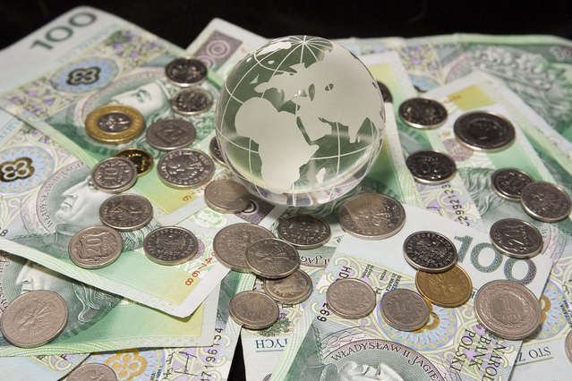 money-rule-the-world-7-1237437-639x426